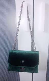 Green velvet hangbag