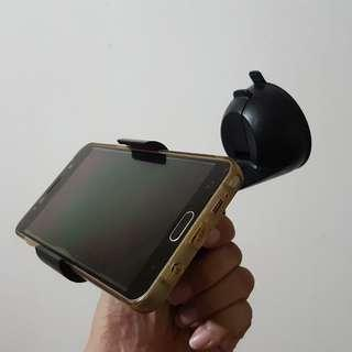 PreOwned handphone holder for car / vehical