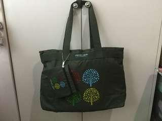 BN PLANET EARTH EXPANDABLE TOTE GRAY