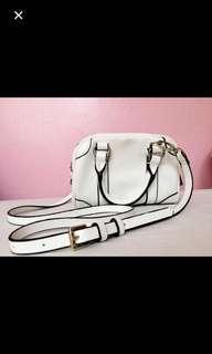 B&W AUTH Zara sling bag