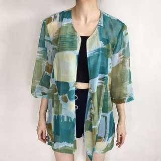 Premium Dame Abstract Outer