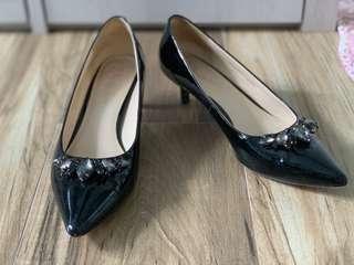 Venilla Suite低跟鞋
