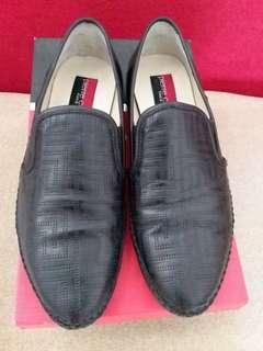 Sepatu Pierre Cardin original size 41