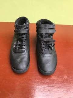 Reebok Black Midcut Sneakers size 7.5W