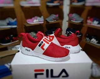 Sepatu Fila Kids slip on