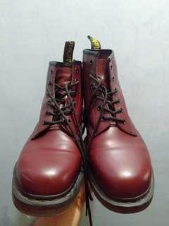 Dr. Martens US sz 11 Cherry Red
