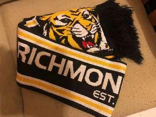 RICHMOND scarf