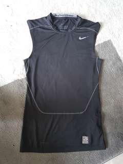 Retail $35 Worn Nike Compression Sleeveless Top - Medium 8.5/10