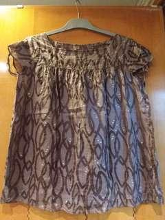 Woven top with burnout print