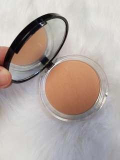Lacura Pressed Powder/BbiA Last Lipstick (Makeup Bundle)