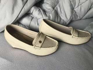 CLN brand from PH size 38
