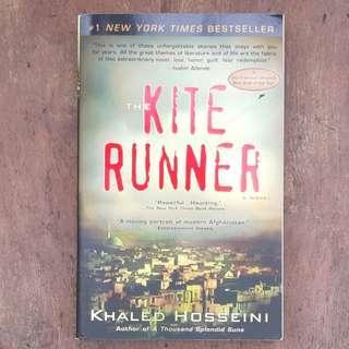 The Kite Runner: A Novel - Khaled Hossini