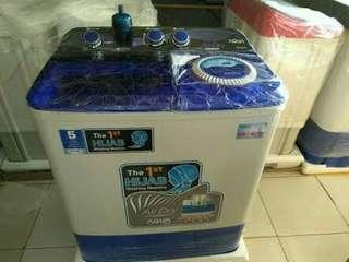 Mesin cuci AQUA 8kg model tr baru