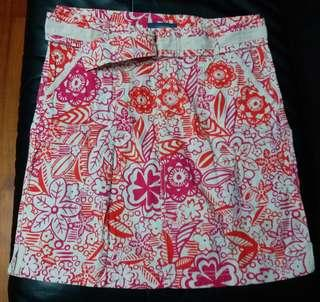 Weekend ~ Printed floral woven skirt