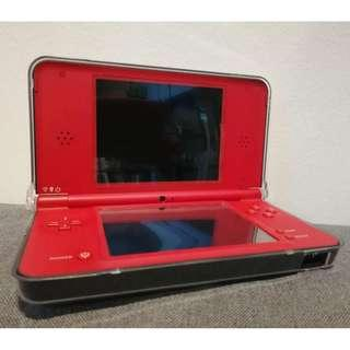 DSi XL SPECIAL EDITION - USED