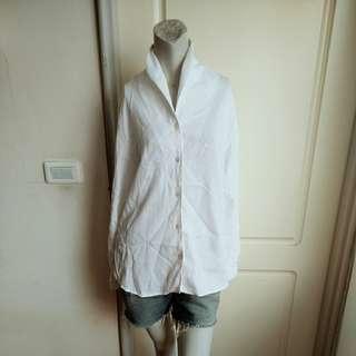 🚚 【onsale】Sisley義大利製白色立領棉質長袖造型襯衫