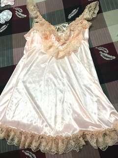 粉膚色性感內衣 絲綢睡衣 可調節式肩帶