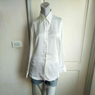 🚚 【onsale】Marks & Spencer英國製乳白色緞面長袖襯衫-36號