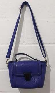 Belleza Blue Sling Bag TURUN HARGA NETT