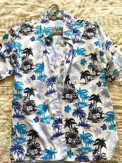 Hawaiian floral shirt size m (FAST DEAL)