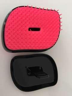 Tangle teezer female pink hair brush