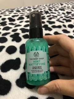 Body shop mint mattifying face mist