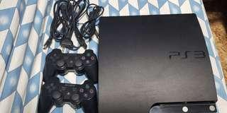 PS3 320GB with 2 orig controllers and free discs