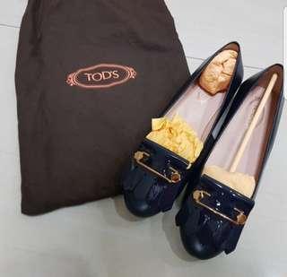 Retail $400+ Brand new 100% Authentic Tod's Leather Kiltie Ballet Flats EU36.5