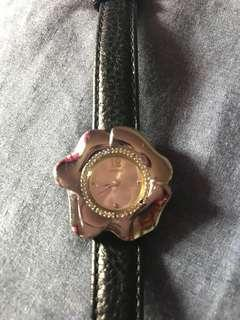 REPRICED! Authentic Preloved Guess watch