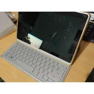 Acer Iconia W701 2 in 1 Tablet Laptop (BIOS bricked)