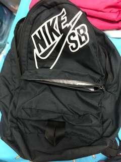 🚚 Nike後揹包