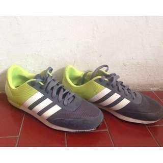 [JUAL] Sepatu Adidas Neo V Racer - Green