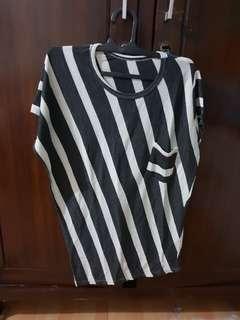 Stripes asymetric top