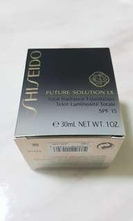 Authentic future solution LX total radiance foundation