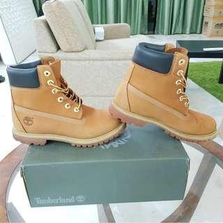 Original Timberland 6-inch Premium Boots UK6 / EU39 / JP25 (Wheat nubuck)