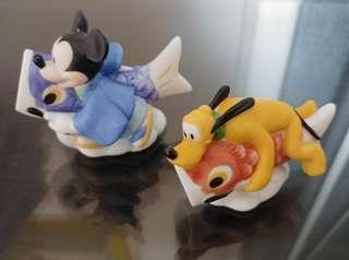 Japan Kato Kogei Disney Mickey & Pluto Dog on Japanese Carp Kite  ( Hand make Figurine ) 絕版 迪士尼 手製陶瓷 米奇老鼠 和 高飛狗 和日本 鯉魚 旗 風箏