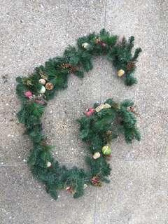 Christmas hanging decor tree mistletoe