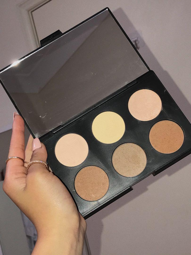 AC ON TOUR contour and highlighting kit - light complexion