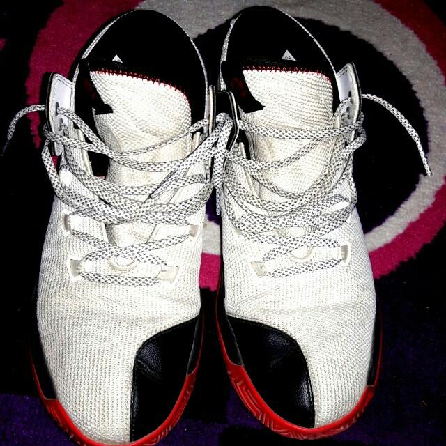 da717a025948 sepatu basket ADIDAS D ROSE MANACE 2