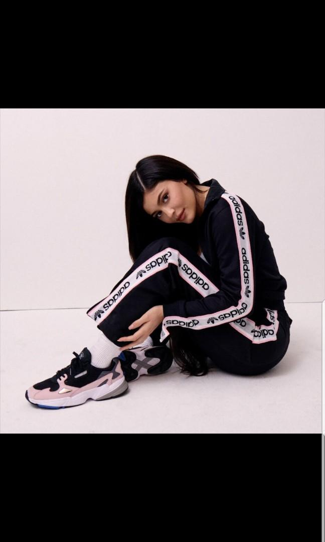 Classic Adidas sweat pants Get the Kylie Look!