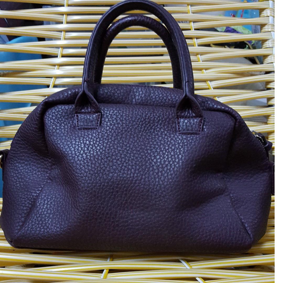 a4598e641493 Bershka Handbag