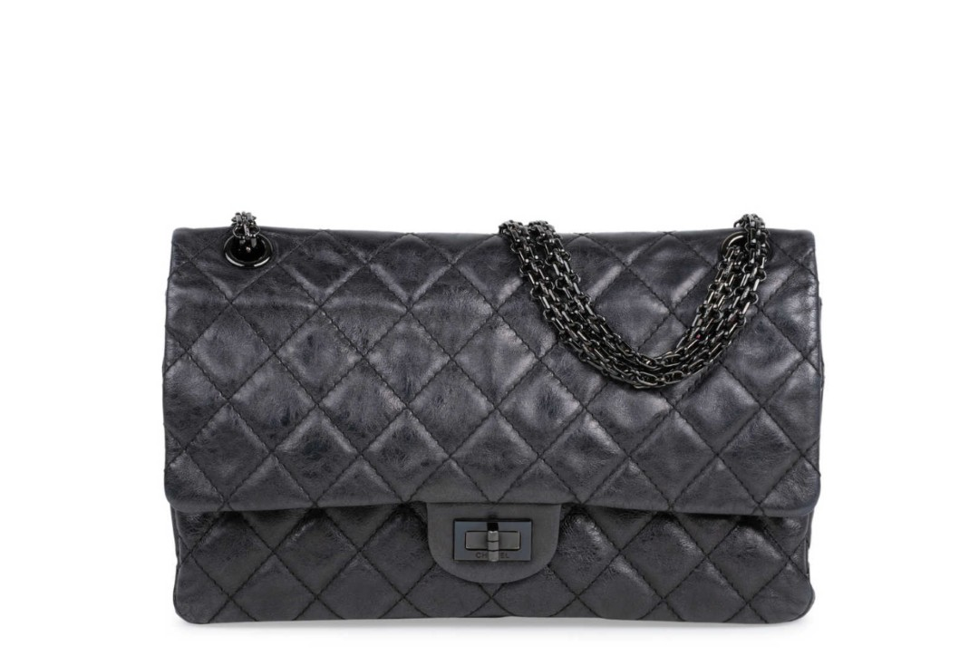 Chanel  So Black Reissue 2.55 3347a9d41890e