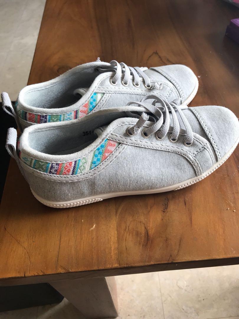 97e8c121d570c9 Converse Shoes. Bubble Gummer size 13 shoe for girls. Brand new ...