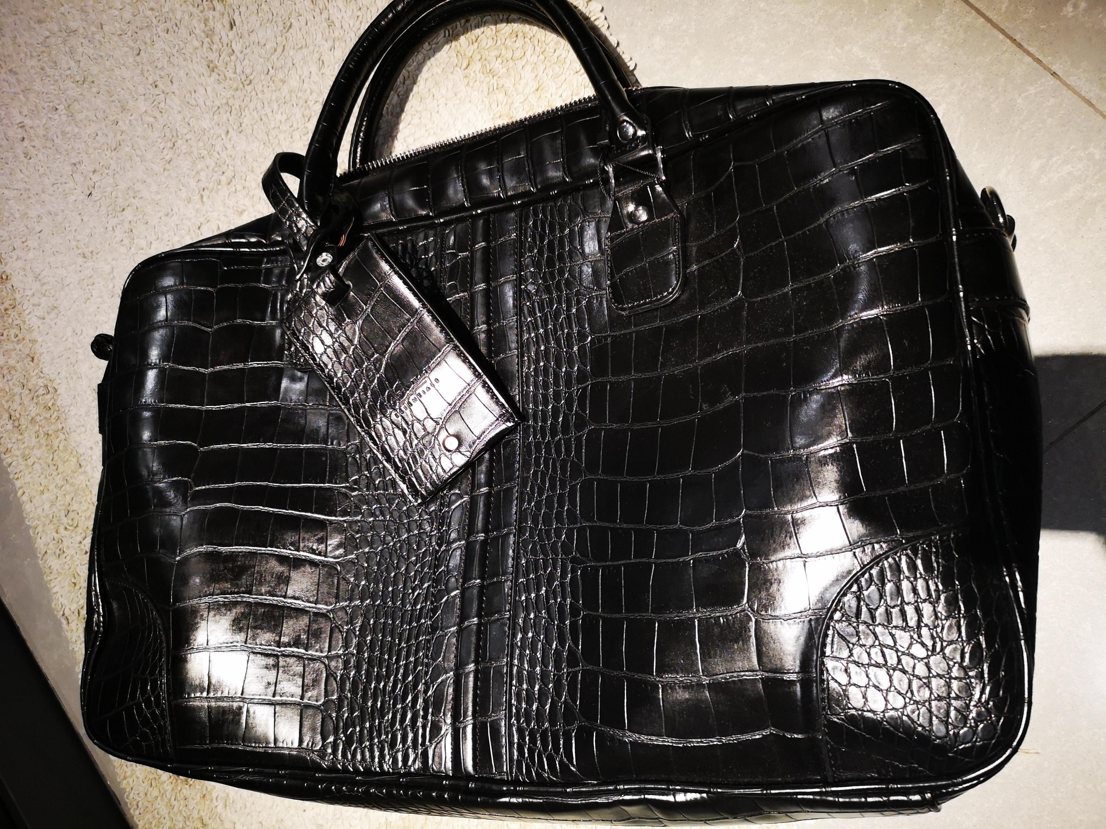 9e02e9dd32 ZARA UK Large Croc Leather Bag Men's Brand New, Men's Fashion, Bags ...