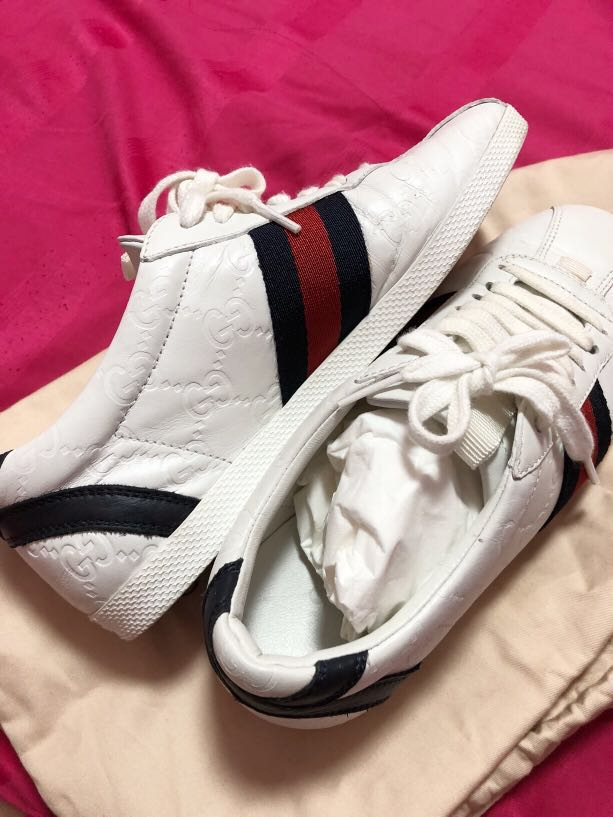 917418626ae Gucci Sneakers with dustbag