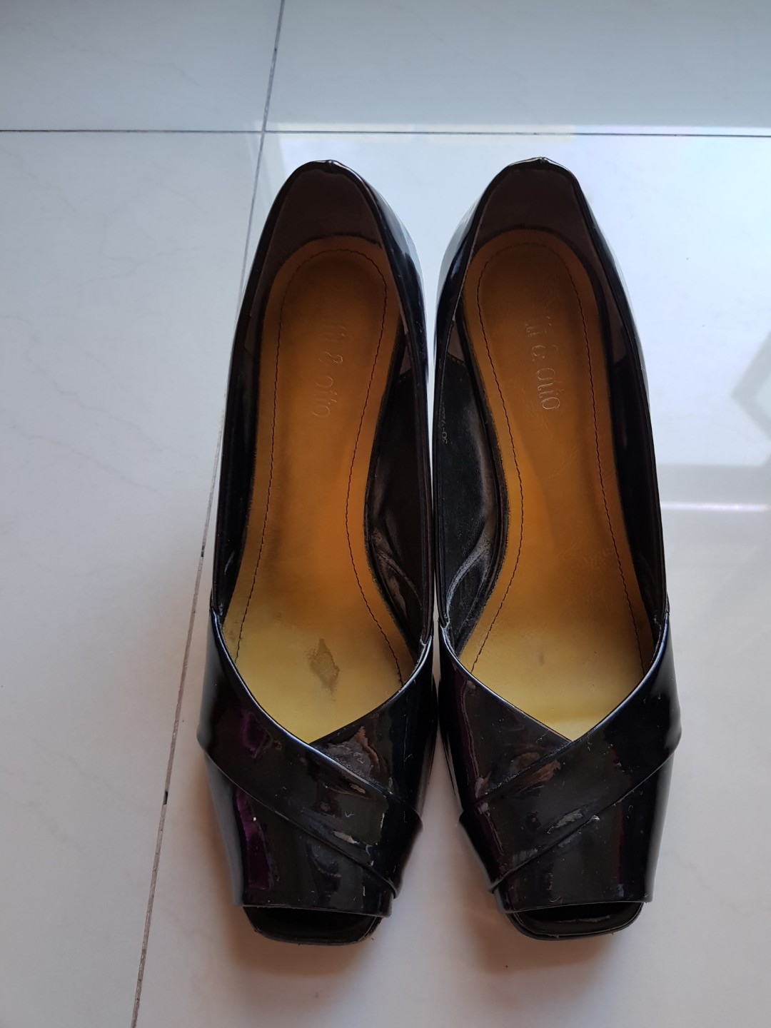 d7ccb5d37 Itti & otto heels #black #pre-loved, Luxury, Shoes on Carousell