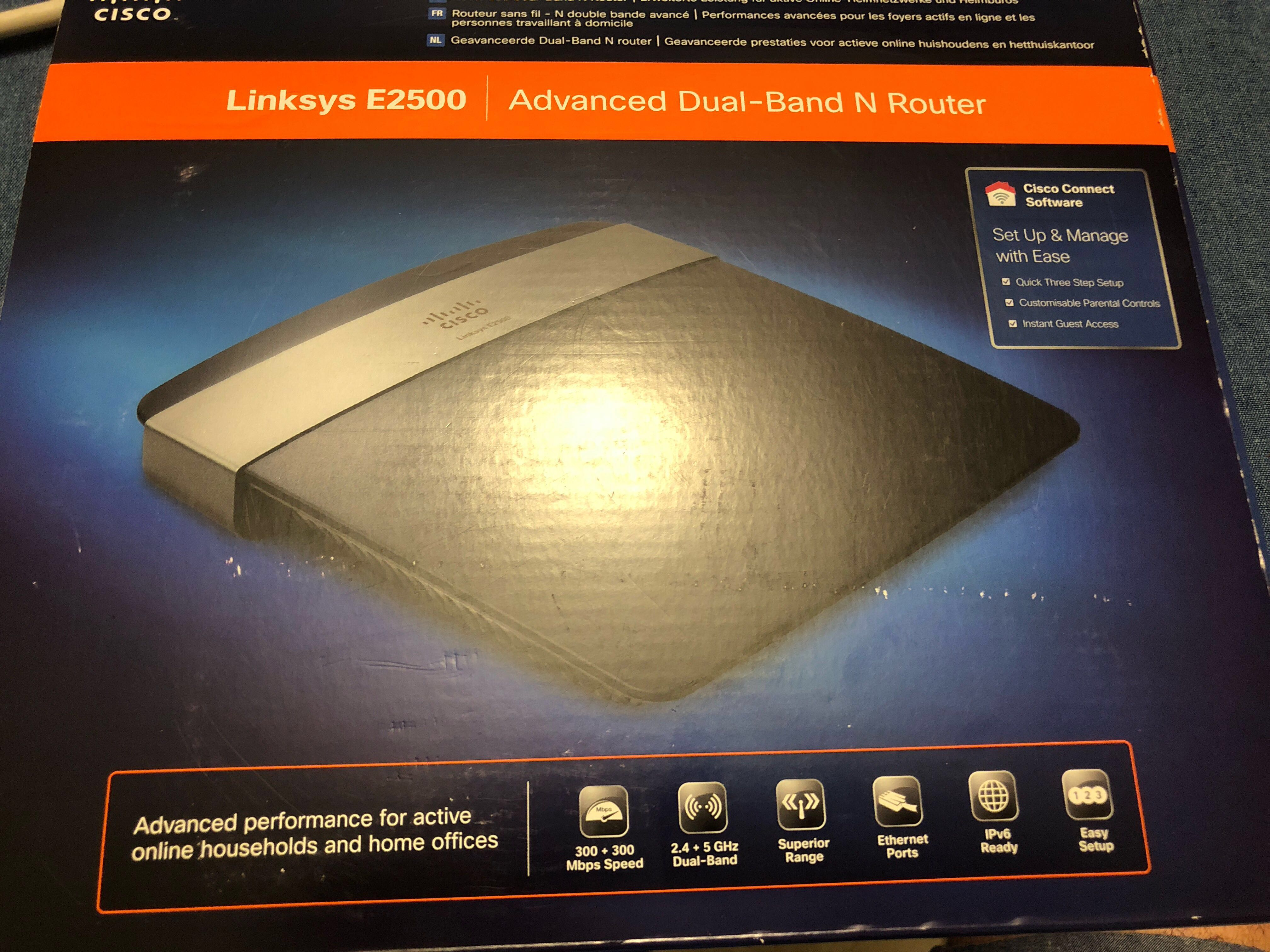 Linksys E2500 - Advanced Dual Band N Router
