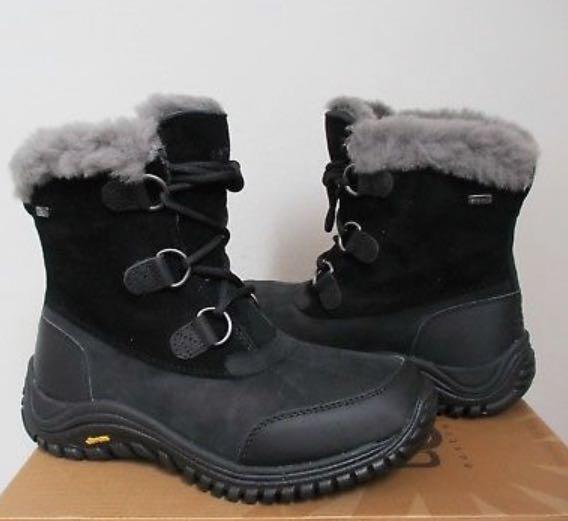 Ugg Ostrander Short Boot (Black, size 9)