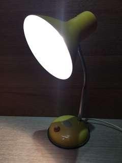 早期鐵皮燈 鐵皮檯燈 早期檯燈 鐵殼檯燈 檯燈