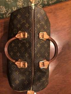 Authentic Louis Vuitton Speedy 35 Handbag used